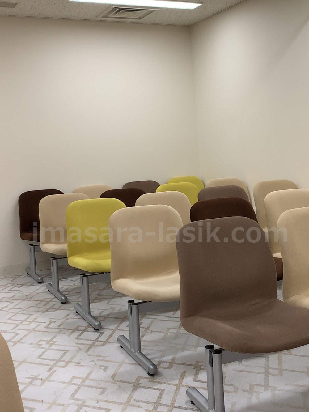 品川近視クリニックの待合室