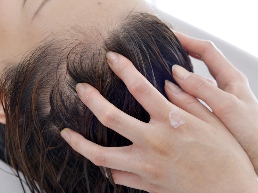 美容院での洗髪